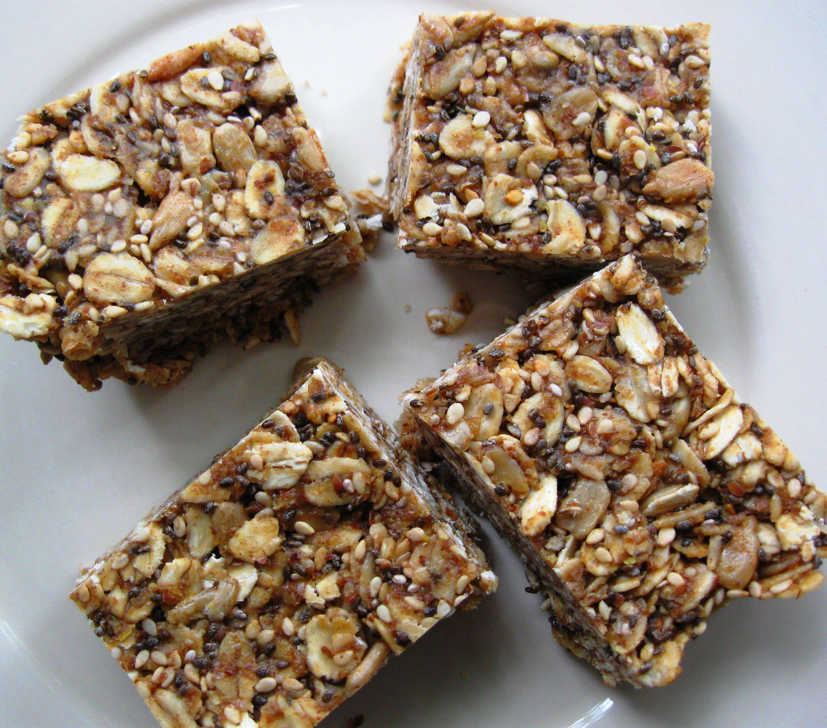 Peanut Butter And Honey Granola Bars Recipe — Dishmaps