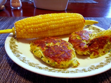 zucchini cakes with corn on the cob = perfect summer dinner